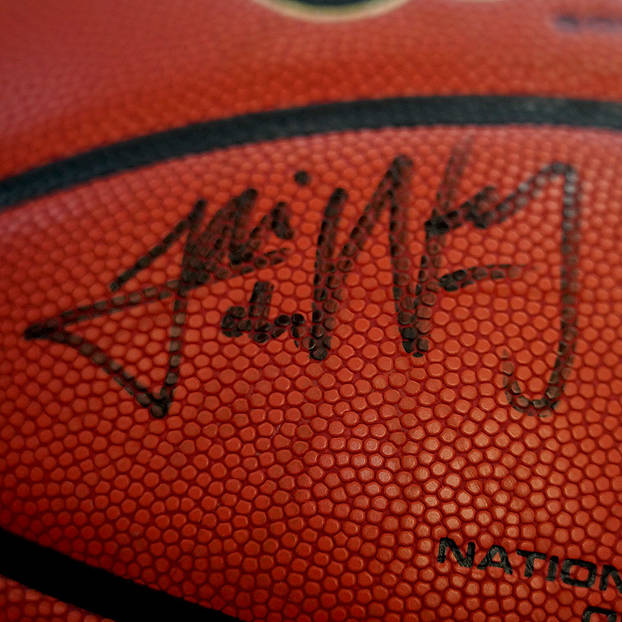 mainInaugural Starting 5 Signed Official Wilson NBL Game Ball Auction1